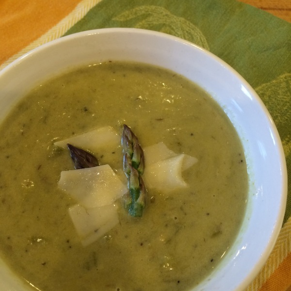 Cream of Asparagus soup picture